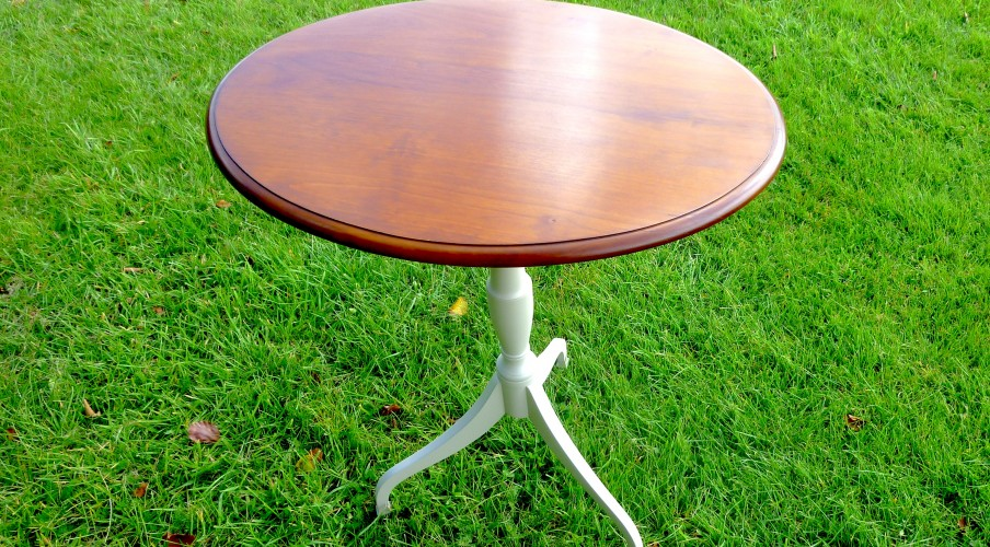 Bespoke Furniture makers Norfolk Pedestal Table